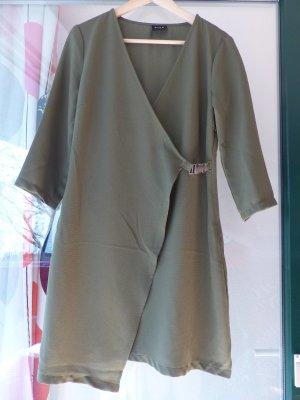 schickes Khaki Wickelkleid / Kleid der Marke Vila - super Zustand
