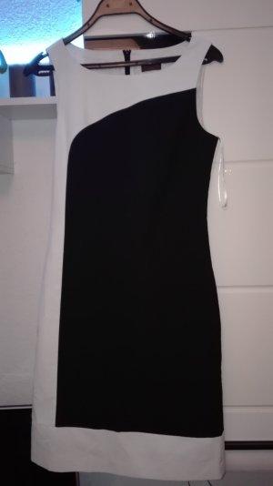 Schickes Kleid by S.Oliver in schwarz/weis