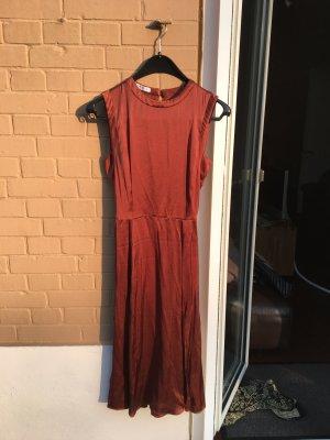 Schickes Kleid cocktail Abend orange braun Seide Look silky Midi beinschlitz leicht fallend
