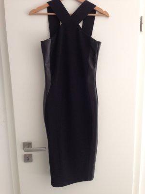 Schickes Kleid in schwarz von River Island in Größe S