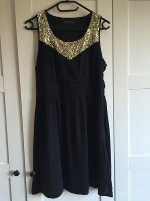 Schickes Kleid mit goldenen Pailetten