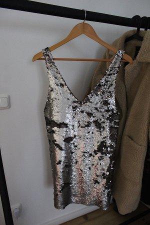 Schickes Kleid mit Pailletten
