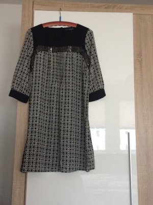 Schickes Kleid / Tunika mit 3/4 Arm und