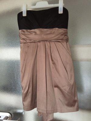 Schickes Kleid von Amisu