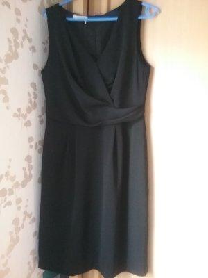 Schickes Kleid von APANAGE