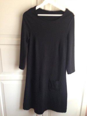 Schickes Kleid von Betty Barclay
