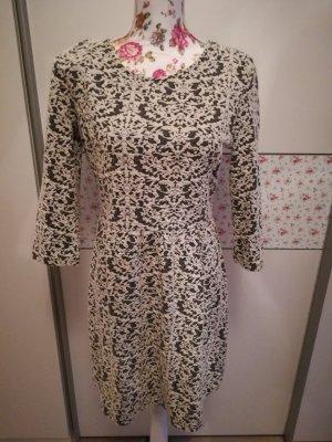 schickes Kleid von C&A