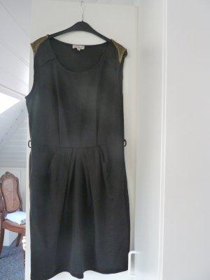 Schickes Kleid von Deby Debo