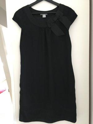 schickes Kleid von H & M