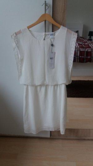 schickes Kleid von Vero moda