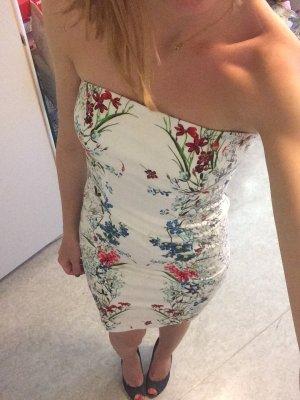 Schickes Kleid von Zara wie neu