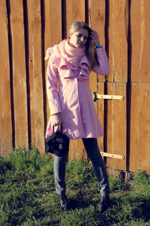 Schickes Mantel in rosa