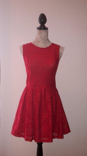 Schickes Minikleid von mint&berry.
