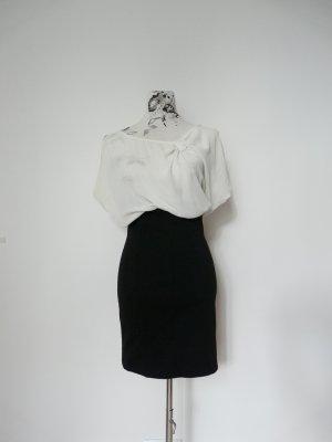 Schickes schwarz-weißes Kleid von Zara