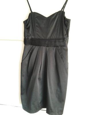 schickes schwarzes Minikleid - in Satin glänzend