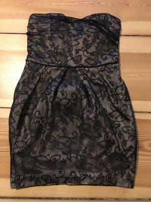 Schickes schwarzes/nude Kleid