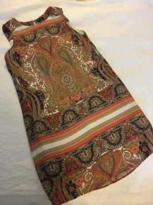 Schickes Sommerkleid mit Paisley/Etnomuster