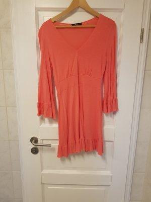 Schickes (Strand-) Kleid in Koralle