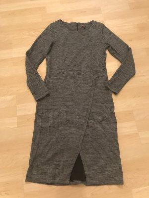 Schickes Street One Kleid
