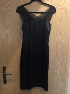 Schickes Strenesse Kleid in Schwarz