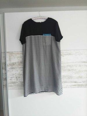 Schickes T-Shirtkleid mit Reisverschluss