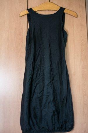 Schickes Trägerkleid in schwarz