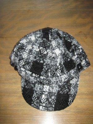 Schirmmütze / Schirmkappe, schwarz mit weiß und Lyrex, 58 cm