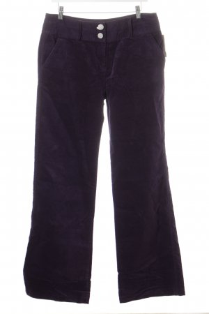 Flares dark violet velvet appearance