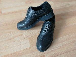 Cult Gaia Wingtip Shoes black
