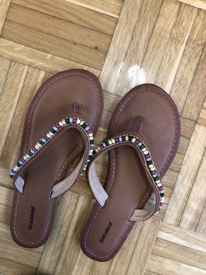 High-Heeled Toe-Post Sandals brown