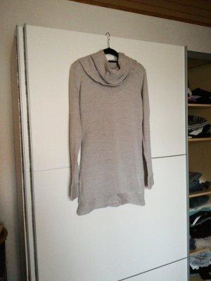 Vestido de tubo gris claro