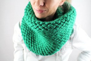 Tube Scarf green synthetic fibre