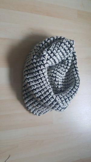 Schlauchschal Wolle schwarzweiß