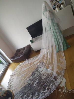Schleier Braut Hochzeit Schmuck 3,5 m neu mit Kamm