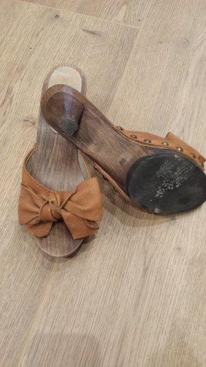 Schleifchen-Schuhe von Miu Miu