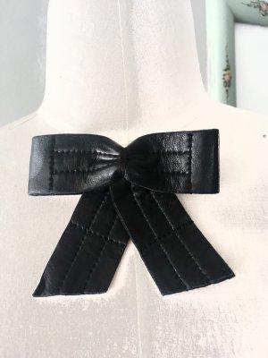 Schleife Chanel Broschen
