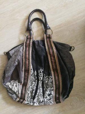schlichte Desigual Handtasche