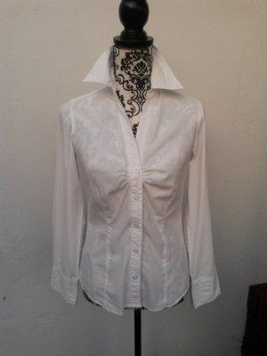 Schlichte, elegante, weiße Bluse