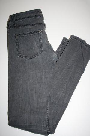 schlichte graue Jeans 34