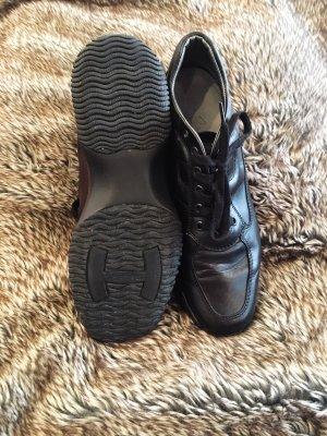 Schlichte Leder Sneaker schwarz
