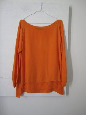 schlichte orange Seidenbluse