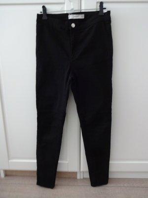 schlichte schwarze highwaist Jeans von mango
