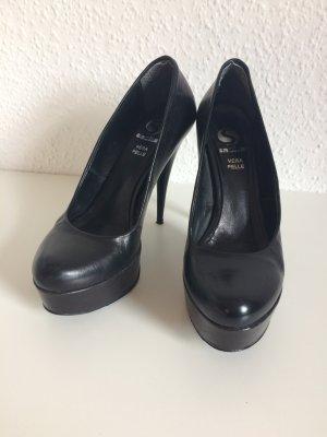 Schlichte, schwarze Plateau Heels