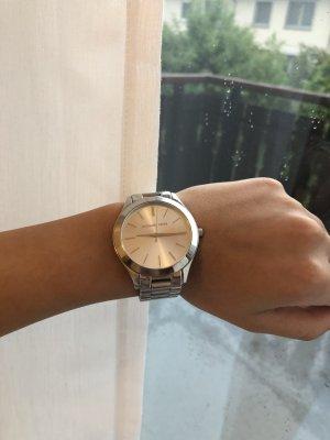 Schlichte silberne Michael Kors Uhr