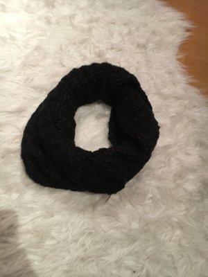 Schlichter schwarzer schlau Schal