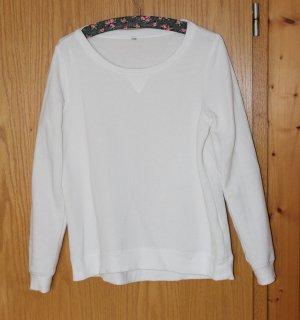 Schlichter weißer Pullover, Gr. M
