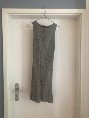 Schlichtes elegantes Strickkleid von Asos, einmal getragen