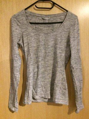 Schlichtes graues Basic shirt (H&M)