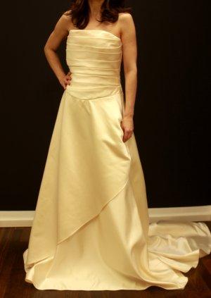 schlichtes klassisches Brautkleid Gr 40 passend 38-40 Einteiler Sina C. Kurschat