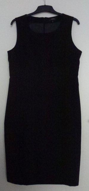 Schlichtes schwarzes ärmelloses Kleid von Yorn